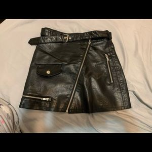 Xs black leather skirt. New